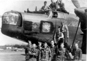 Airmen with Wellington Bomber at RAF Binbrook 1941