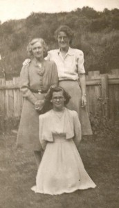 May, Emmie and Jean (front) - August 1943